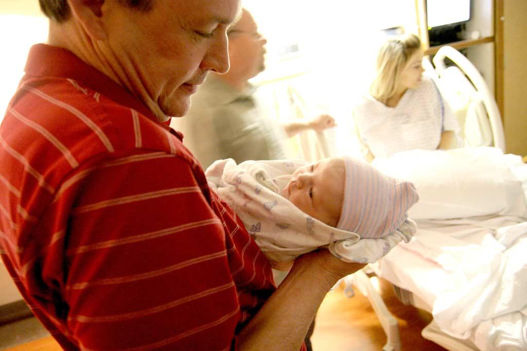 Papà nascita parto paure importanza padre nascita bambino libricino-libri-fiabe-favole-per-bambini-ragazzi-news-blog-recensioni (1)