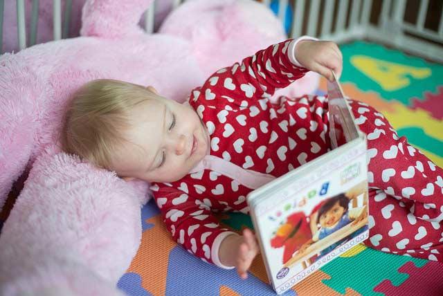 saper leggere neonati benefici libricino-libri-fiabe-favole-per-bambini-ragazzi-news-blog-recensioni (8)