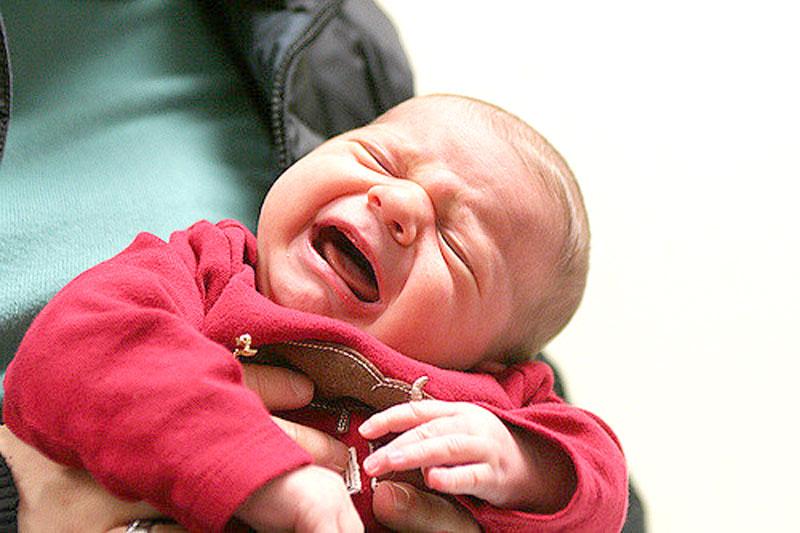 coliche rimedi consigli bambino cura neonato libricino-libri-fiabe-favole-per-bambini-ragazzi-news-blog-recensioni - venuti al mondo (3)