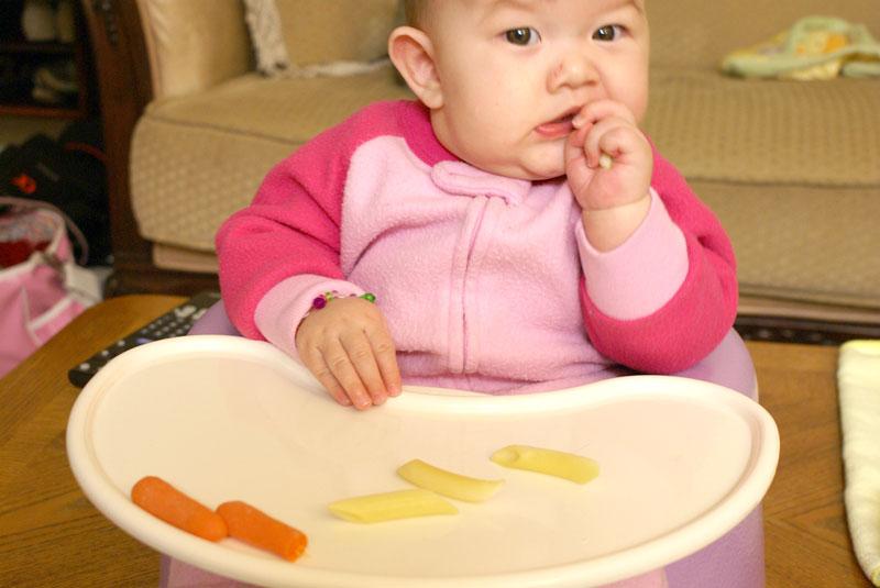 Auto svezzamento consigli pratici e problematiche alimentazione bambino allergie  libricino-libri-fiabe-favole-per-bambini-ragazzi-news-blog-recensioni (3)