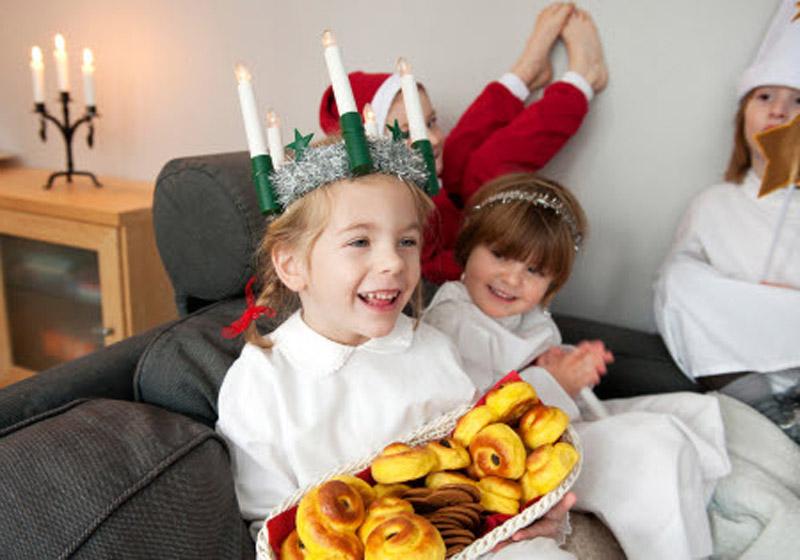 astrid-lindgren-natale-svezia-festa-s-lucia-libri-pippi-mentre-tutti-dormono-stalla-betta-libricino-libri-fiabe-favole-per-bambini-ragazzi-news-blog-recensioni-1